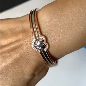 NIB coach rose gold heart bangle